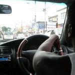 Conducir en Jamaica, información práctica