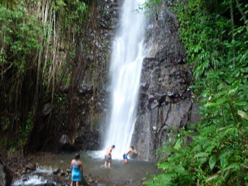 Las Dark Falls, en San Vicente y Granadinas