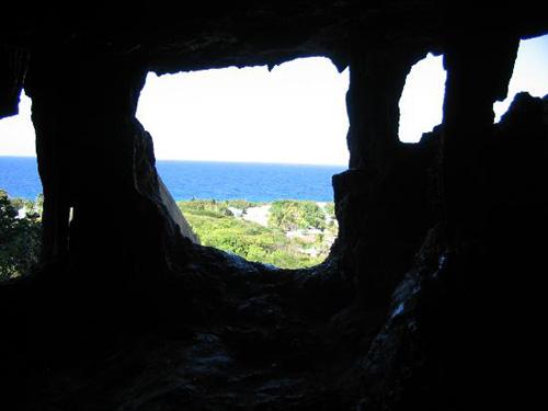 La Cueva Peter, refugio en las Islas Caiman