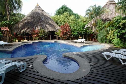 Turtle Beach Lodge, jungla y el mar en Costa Rica