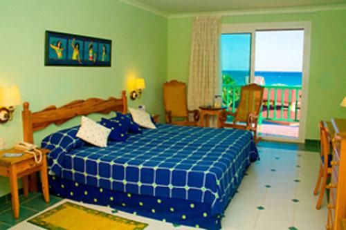hotel playa blanca habitacion