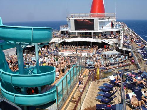 crucero deck