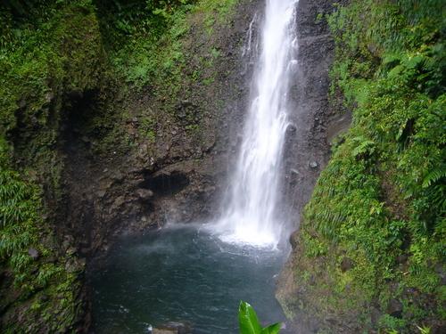 Middleham, una hermosa cascada en Dominica