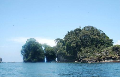 Cayo Cisne, aves y corales en Panamá