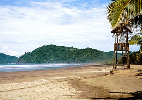Jaco, destino de fiesta y surf en Costa Rica