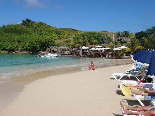 Isla Pinel, frente a la costa de St. Martin
