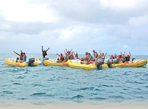 Paseos en bote en la isla San Martin